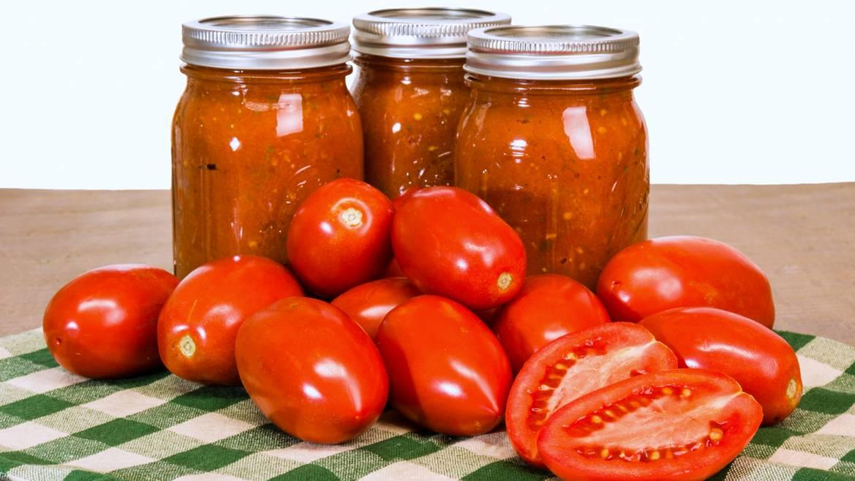 Sauce tomate en conserve faite maison: Recettes et mise en conserve