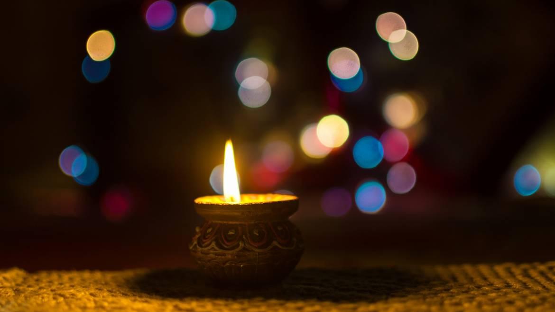 Diwali 2019: Qu'est-ce que Diwali? | Dates et traditions