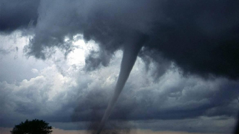 Comment survivre à une tornade: Conseils de sécurité pour les tornades