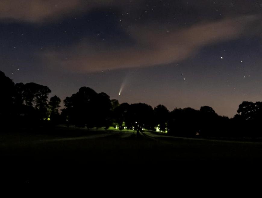 Comète Neowise: Enfin, une grande comète que vous pouvez voir!