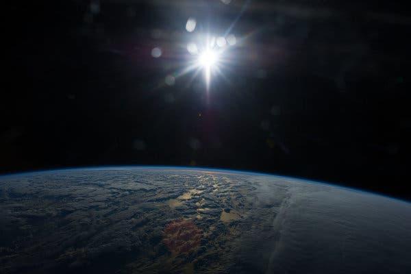 Périhélie et aphélie: que sont le périhélie et l'aphélie?     Orbite terrestre