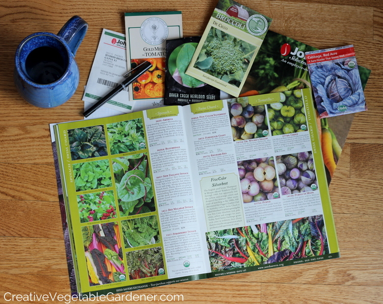 catalogues de semences répartis pour la planification du jardin