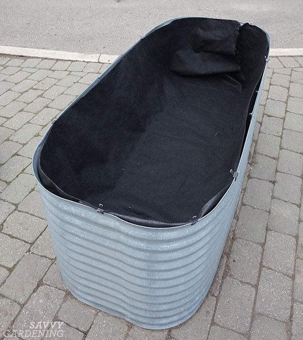 faux fond en lit surélevé en acier galvanisé