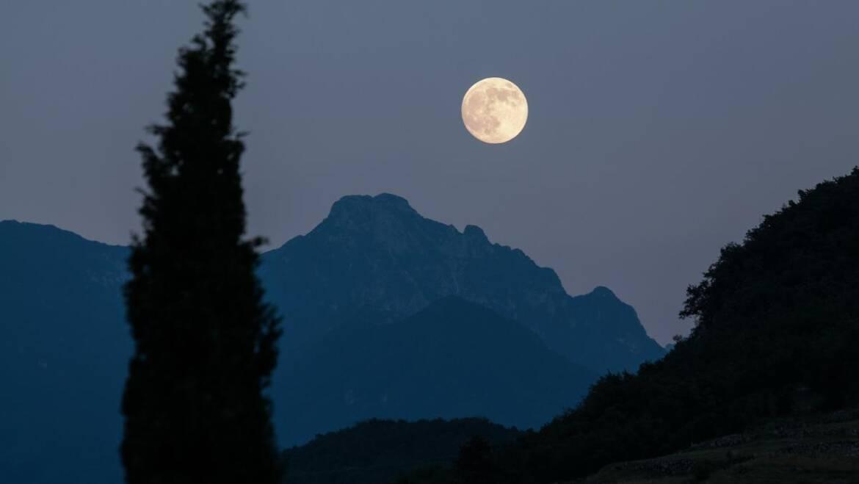 Quand la lune se lèvera-t-elle ce soir?     Calculer les heures de lever de lune
