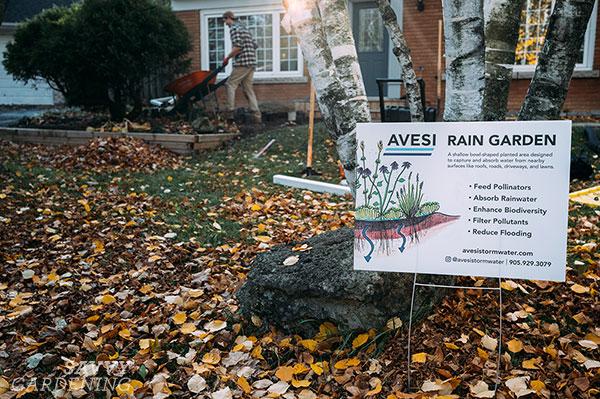 un signe de jardin de pluie