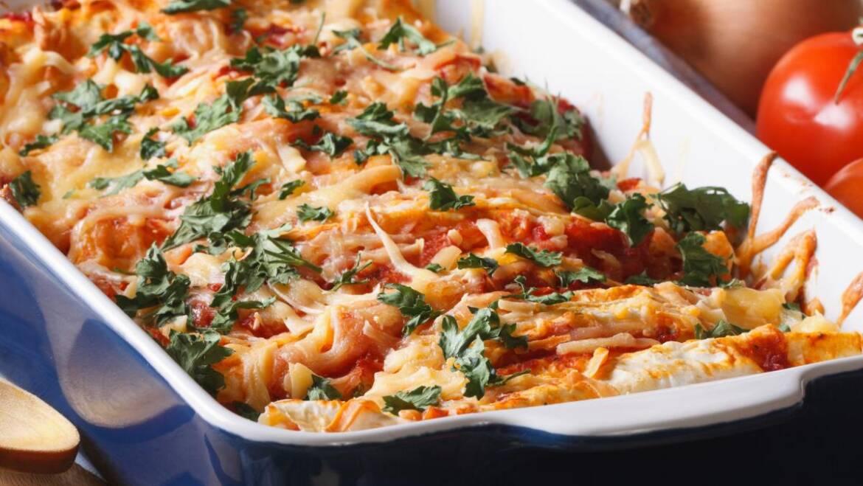 Recette d'enchiladas faciles au poulet et au fromage