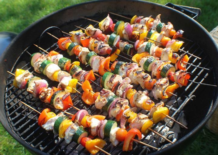 10 recettes de grillades savoureuses et 10 conseils pour bien griller