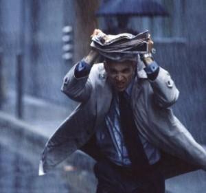 Faut-il marcher ou courir sous la pluie ?