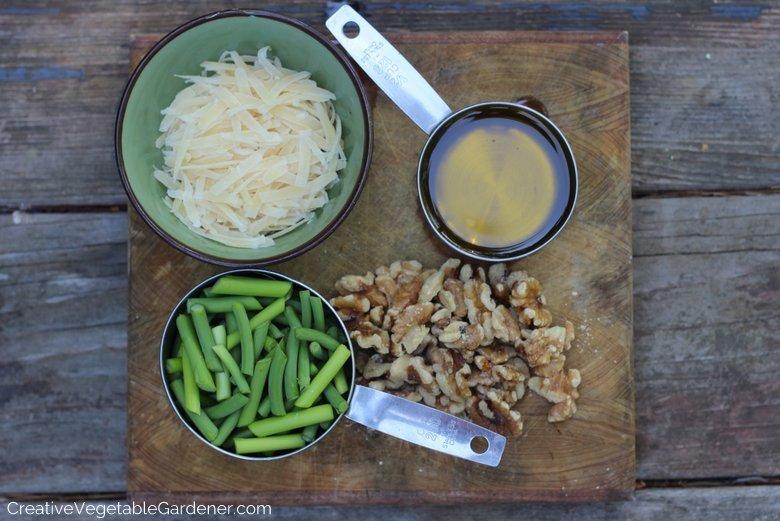 Ingrédients du pesto à l'ail