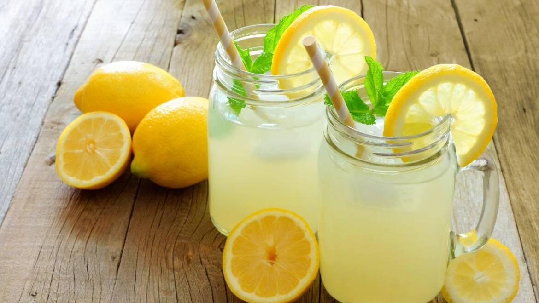Recette de limonade au stand de limonade à l'ancienne